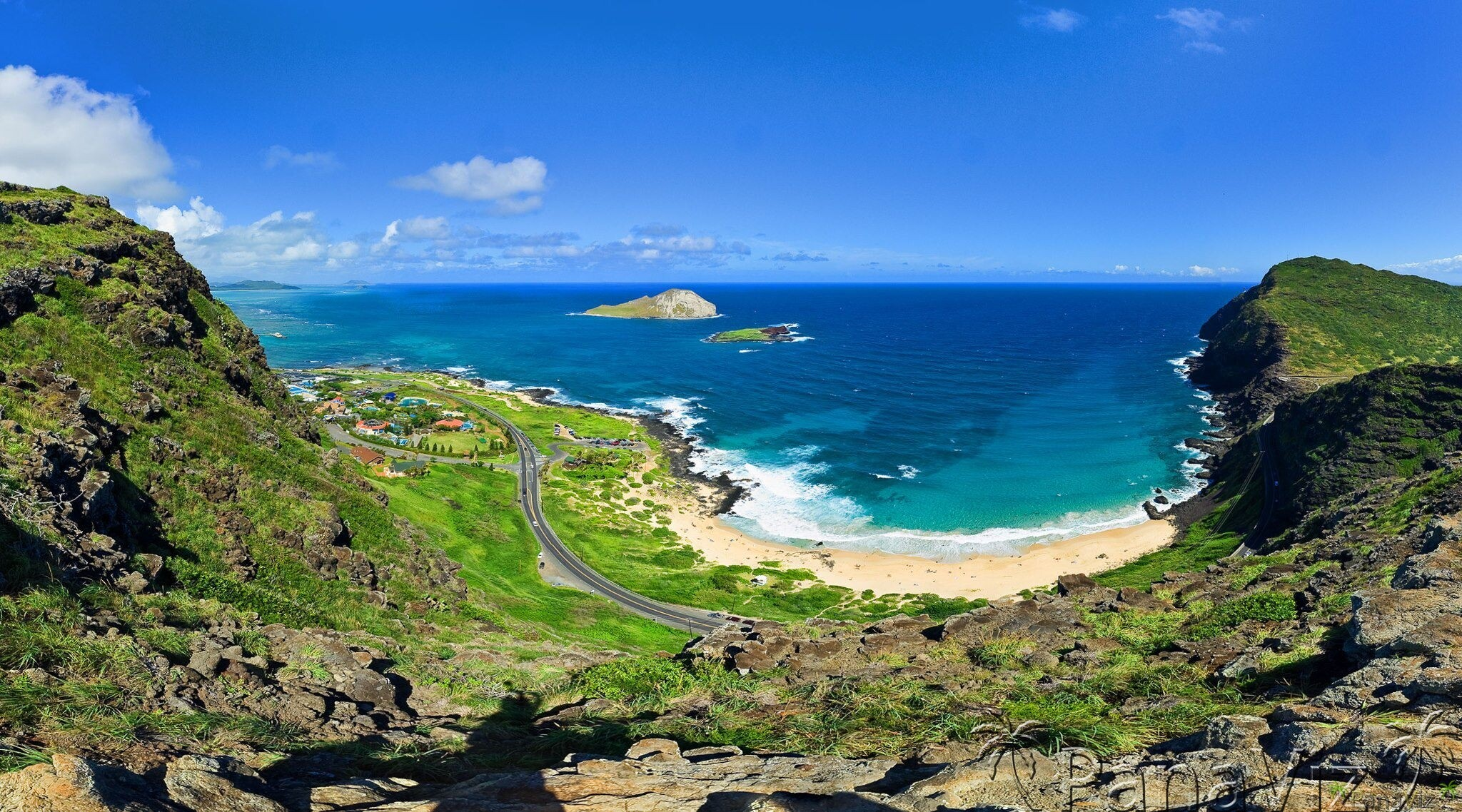 Makapuu Beach & Sea Life Park.