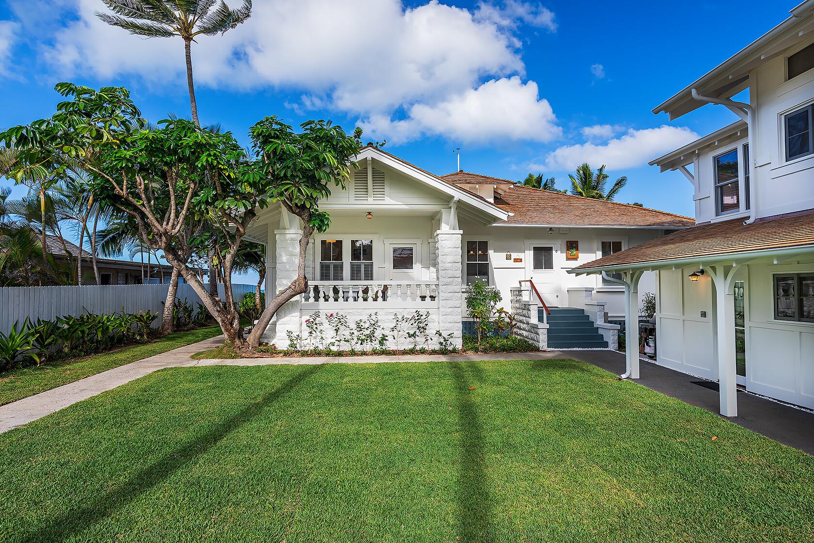 Mokulua Beachhouse