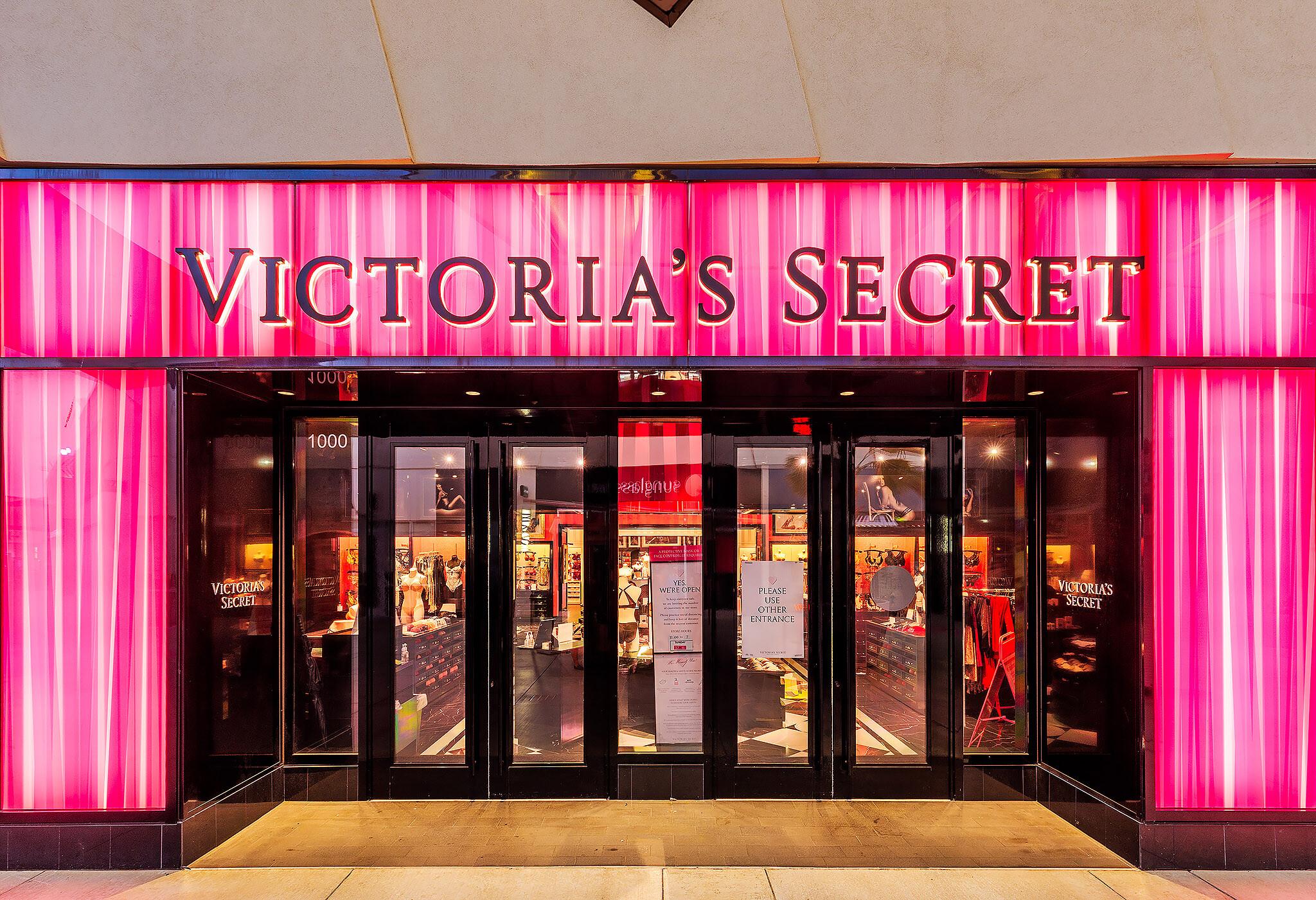 Victorias-Secret-Ka-Makana-Aliʻi-08-07-2020-004 copy
