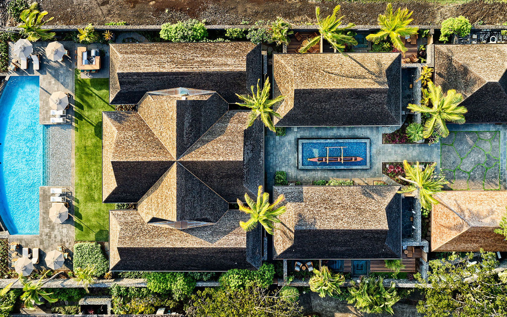 luxury-hotel-villa-aerial-photo-panaviz