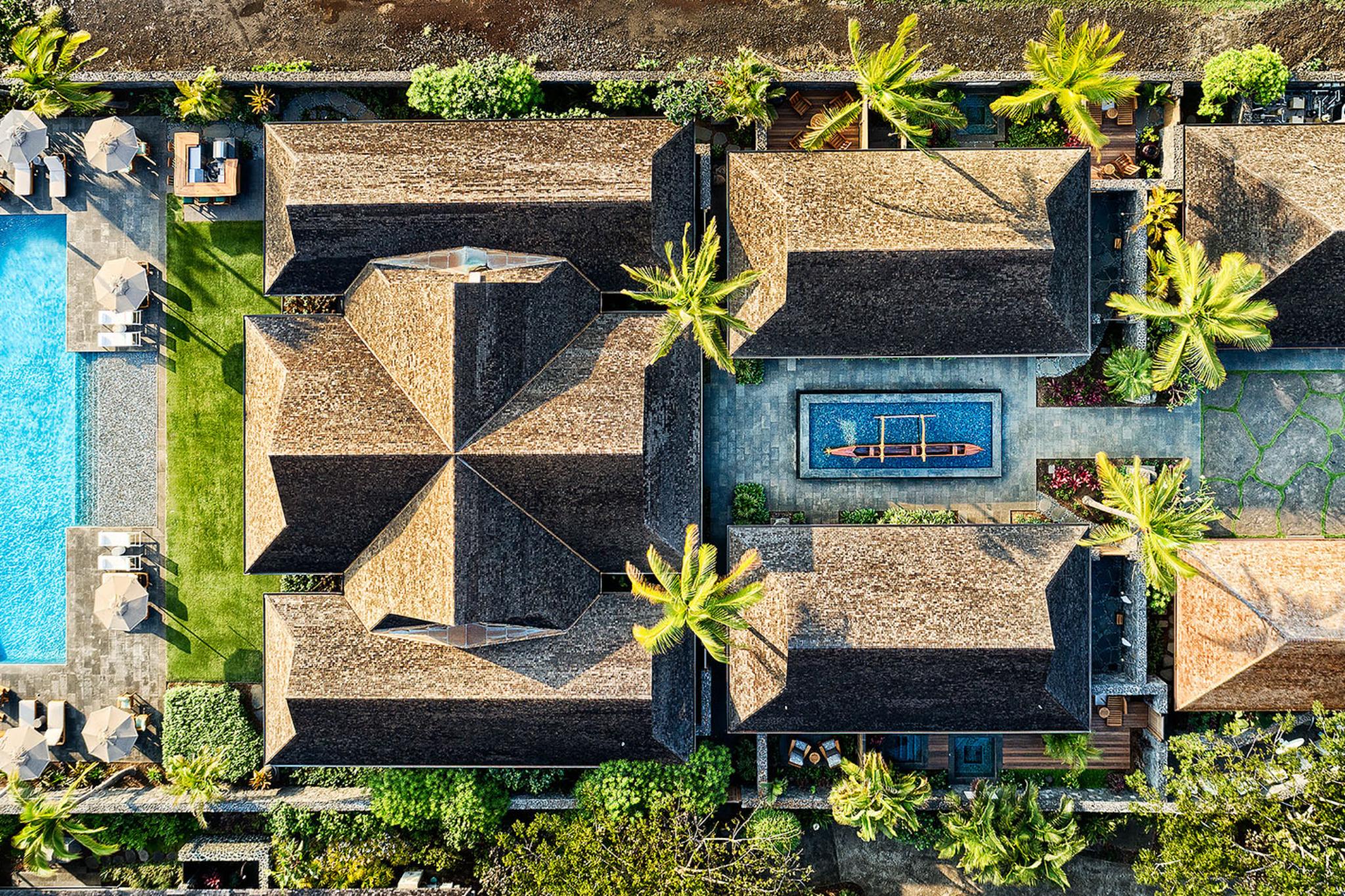 luxury-hotel-villa-aerial-photo-panaviz