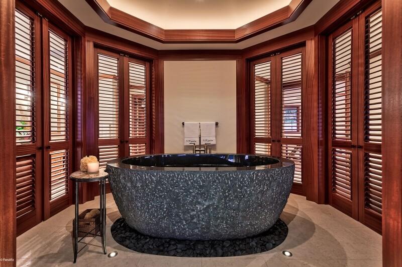 Luxury Hotel Photo