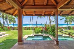 Glorious Hawaii. A luxury vacation rental on Oahu. The right third of this photo is actually a mirror reflection.
